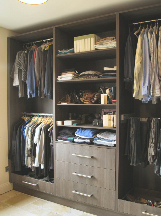 Walnut_laminate_wardrobes